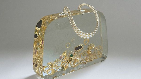 Ted Noten Ageeth S Dowry Bag 1999