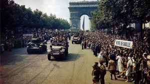 1280px Paris1944 World War Ii