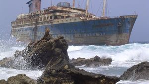 1280px Shipwreck Of The Ss American Star On The Shore Of Fuerteventura