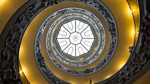 1100 Vatican Museums Spiral Staircase Looking Up 2012