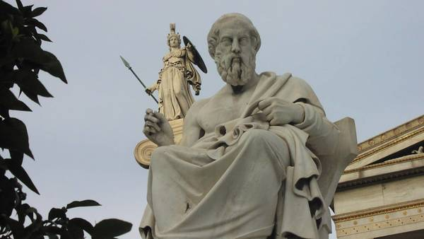 Plato and Aristotle Between Autonomy and Oppression